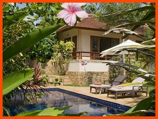 Villa 56 - Walk to the beach continental breakfast included