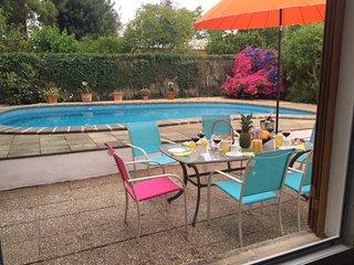 Casa con piscina.Ideal para senderistas y ciclista