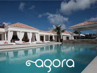 Agora, Luxurious greco-roman ambiance-Heated pool, Terres Basses