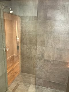 'Wet Room/ Bathroom'