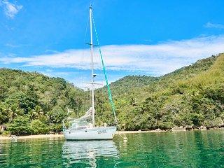 Boat House en Ilha Grande, Angra dos Reis, Paraty. Incluye las comidas a bordo.