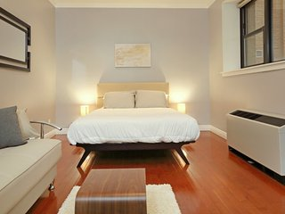 Furnished Studio Apartment at 7th Ave & W 36th St New York, Nueva York