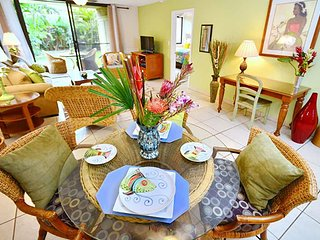 Gorgeous 2Bd/2B Condo across from beach, 1-805, Kihei