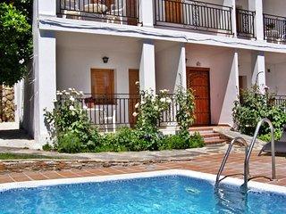 Apartamento equipado con jacuzzi y cromoterapia en la Alpujarra, Mecina Bombarón