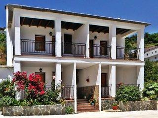 Apartamento en Alpujarra con jacuzzi individual, Mecina Bombaron