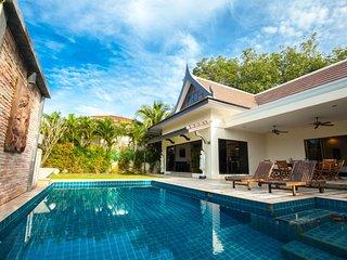 Villa privee Champagne, 3 Chambres, piscine,Phuket