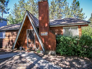 Bear Ridge~Wonderful Location~Walk To Lake~Fenced Yard~Pets Ok~Washer/Dryer~, Big Bear Region