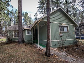 ~Ann's Place~Central Big Bear Single Story Chalet~Minutes To All~