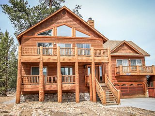 1334-Austin's Mountain Retreat ~ RA46001, Big Bear City