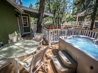 ~Good Times~Nicely Furnished Mountain Home~Hot Tub~Great Deck With BBQ~
