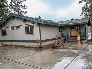 1306-Lakefront Sanctuary ~ RA45989, Big Bear Region