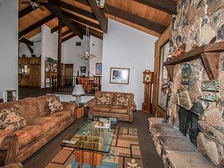 ~Colbert Cabin~Moonridge Family Retreat~WiFi~HDTV~