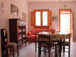 Casa a 300m dal mare con 2 bagni max 8posti letto, San Vito lo Capo