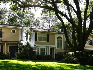 Charming 3BR Townhouse in Palm Harbor!!!