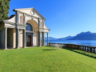 Unforgettable lakefront experience: a divine villa!