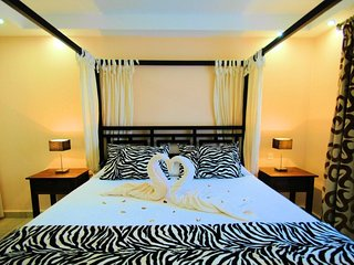 Suite Ivanga Blue colonial