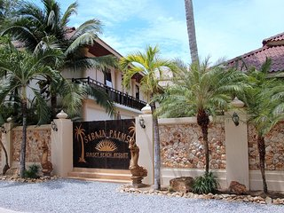 Sibaja Palms Sunset Beach Luxury Villa