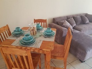 Self Catering, Furnished Townhouse with Groceries!