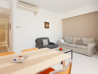 Charming two bedroom Apartment in City Center 5pax