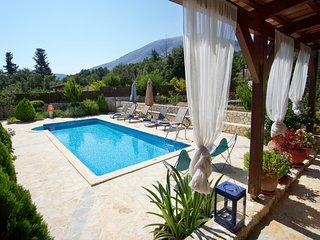 Villa Stefania close-by Agia Efimia, With Private Pool, Quiet Location, Privacy