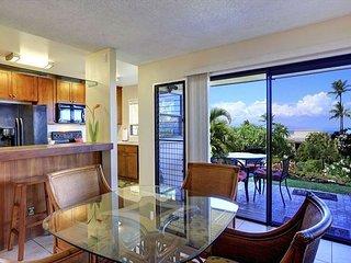 Spacious Two-Bedroom Wailea Condominium with Stunning Ocean View, Kihei