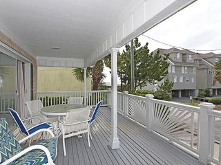 Shore Fun -  Comfortable and cozy ocean view cottage with easy beach access