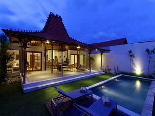 2BR private Villa 2 minutes from echo beach
