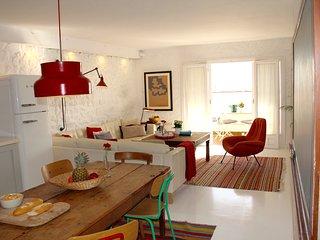 Old Town Spacious, Stylish & Quiet Duplex, Salobrena