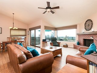 3BR, 2.5BA Ventura House with Ocean Views, Enclosed Patio, Gourmet Kitchen