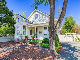 3BR Historic Landmark House – Prime Wine Country Location w/ Bocce Ball
