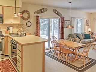 Nicely Furnished 2BR Killington Condo w/Wifi & Complex Pool Access - Walking Distance to The Spa at The Woods & Near Skiing, Restaurants, Nightlife & More!