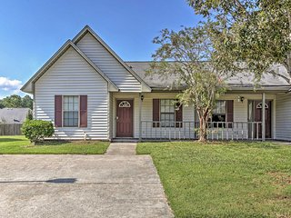 NEW! Quaint 2BR Ladson House w/Pool Access