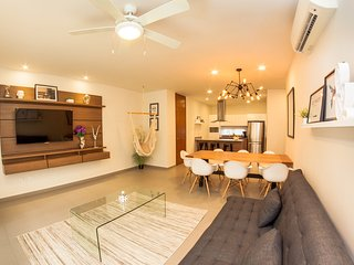 LUNADA 205 / BEAUTIFUL & COMFORTABLE CONDO, CLOSE, Playa del Carmen