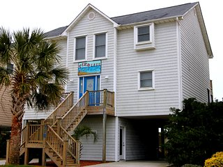 Direct Ocean Front Gracious Home!, Surf City