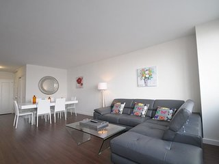 CLEAN, SPACIOUS AND WELL-APPOINTED 2 BEDROOM, 2 BATHROOM APARTMENT, New York City