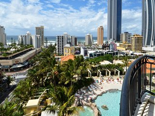 FAMILY FRIENDLY RESORT 3 BED OCEAN VIEWS a2114, Surfers Paradise