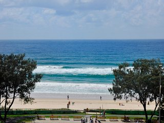 HUGE APARTMENT FOR 8 GUESTS OCEAN VIEWS a 224, Surfers Paradise
