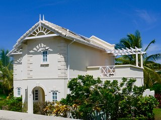 Beautiful 3 Bedroom Villa on the Golf Course, Cap Estate