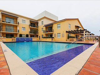 MIAMI - Coral Gables 2 bedroom Furnished Suite - Walk to Merrick Park, Miami