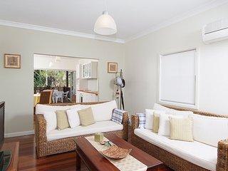 47 Henzells Street, Dicky Beach QLD 4551