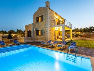 Dimokritos Villa I, a homestay experience!, Rethymnon