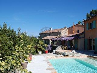 Chambres d'hôtes Sud Ardèche piscine spa, Joyeuse