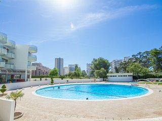 Pripyat Red Apartment, Portimao, Algarve, Portimão