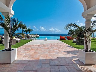 BELLE ETOILE...OMG!  Yes, this is truly paradise! Drop dead Gorgeous 5BR villa