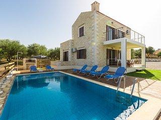 Dimokritos Villa III, a homestay experience!, Rethymnon