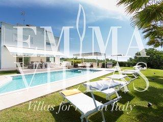 Villa Surya 8+2, Rimini