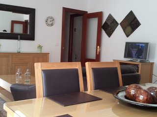 Magical Arcos - Comfy 2 Bed Apartment with Pool, Arcos de la Frontera