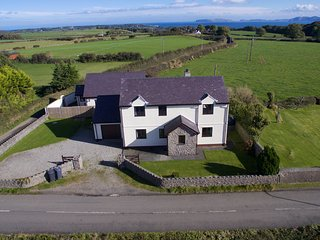 Ty'n Rardd Farmhouse, Beaumaris, LL58 8TH