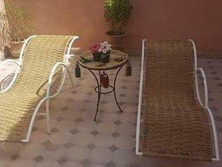 RIAD  ENTIER 6 P CHALEUREUX  CALME  FAMILIAL, Marrakesh