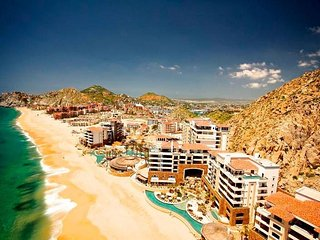 2017 TRAVELLERS' CHOICE BY TRIPADVISOR, Cabo San Lucas